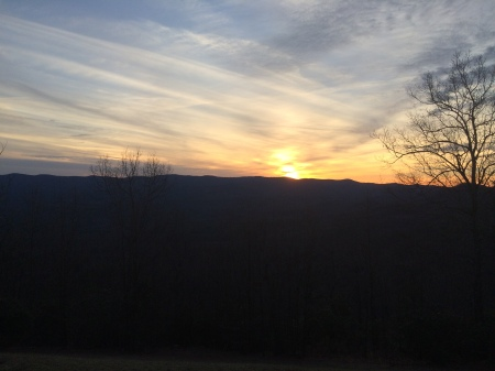 sunset from amicalola falls state park lodge